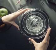 Novis: Wenn der Juicer gleich selber Werbung macht